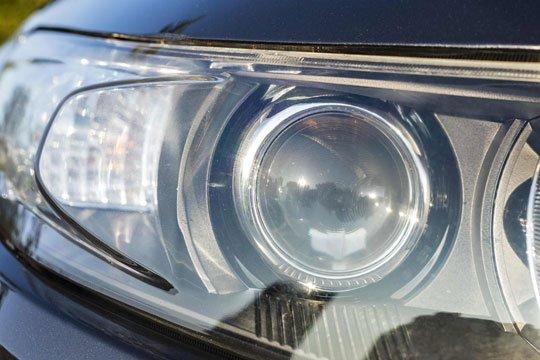 Remettez les phares de votre véhicule en parfait état.